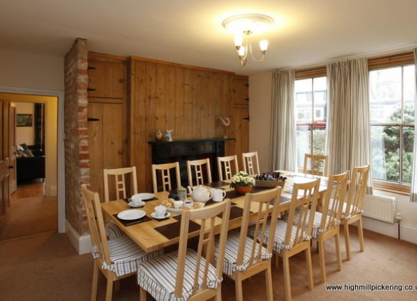 High Mill House dining area with views of North Yorks Moors Railway (NYMR)